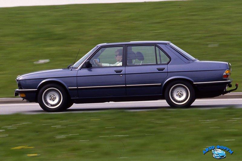 0192134-BMW-5-serie-525e-1983.jpg