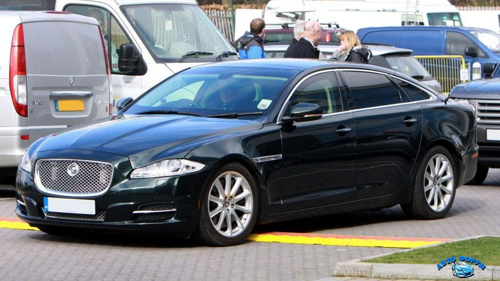03_Politicians_Cars_Richard-Gardner-Rex-Features.jpg