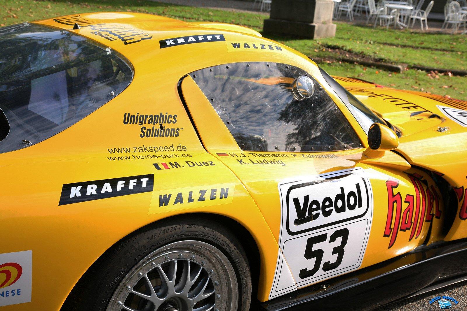 1322590167_Dodge-Viper-GTS-R-Carscoop9.jpg