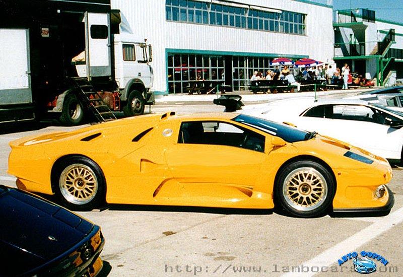 1997-lamborghini-diablo-gt1-3.jpg