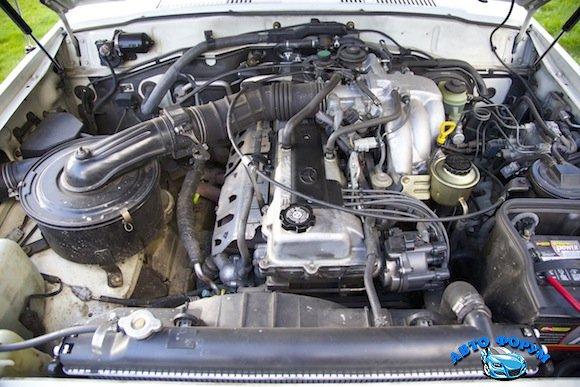 1997-Toyota-Land-Cruiser-FJ80-For-Sale-Engine.jpg