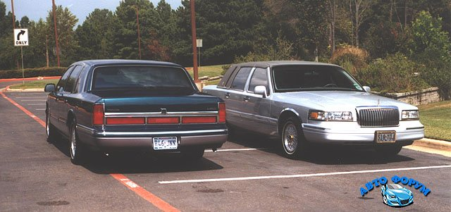 1997_Lincoln_Town_Cars-MC1-640.jpg