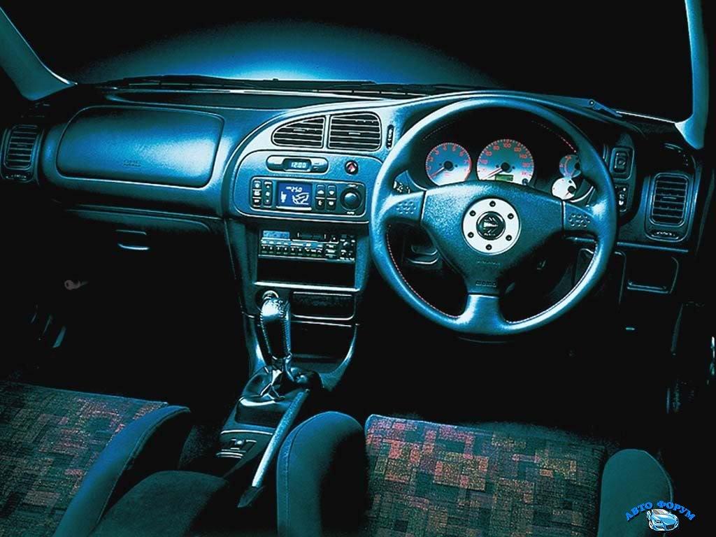 1997_Mitsubishi_LancerEvolutionIV3.jpg
