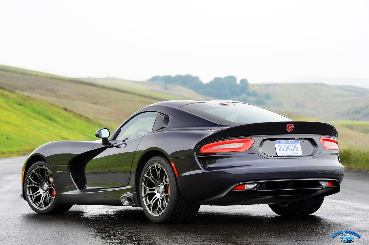 2-2013-srt-viper-fd.jpeg