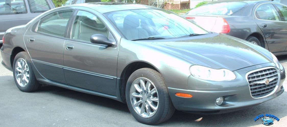 2002-04_Chrysler_Concorde,_front_right.jpg
