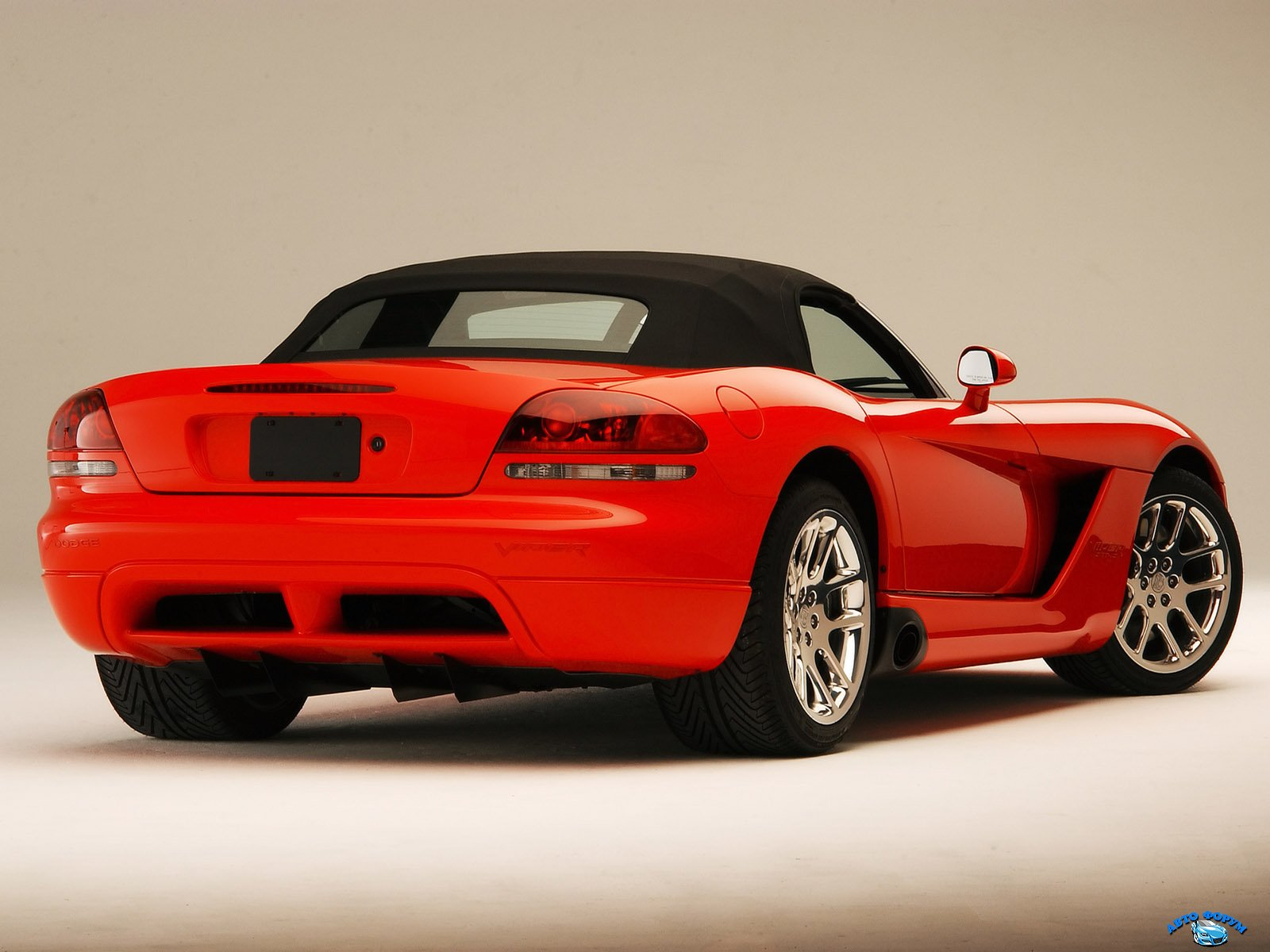 2003-dodge-viper-srt-10-rear.jpg