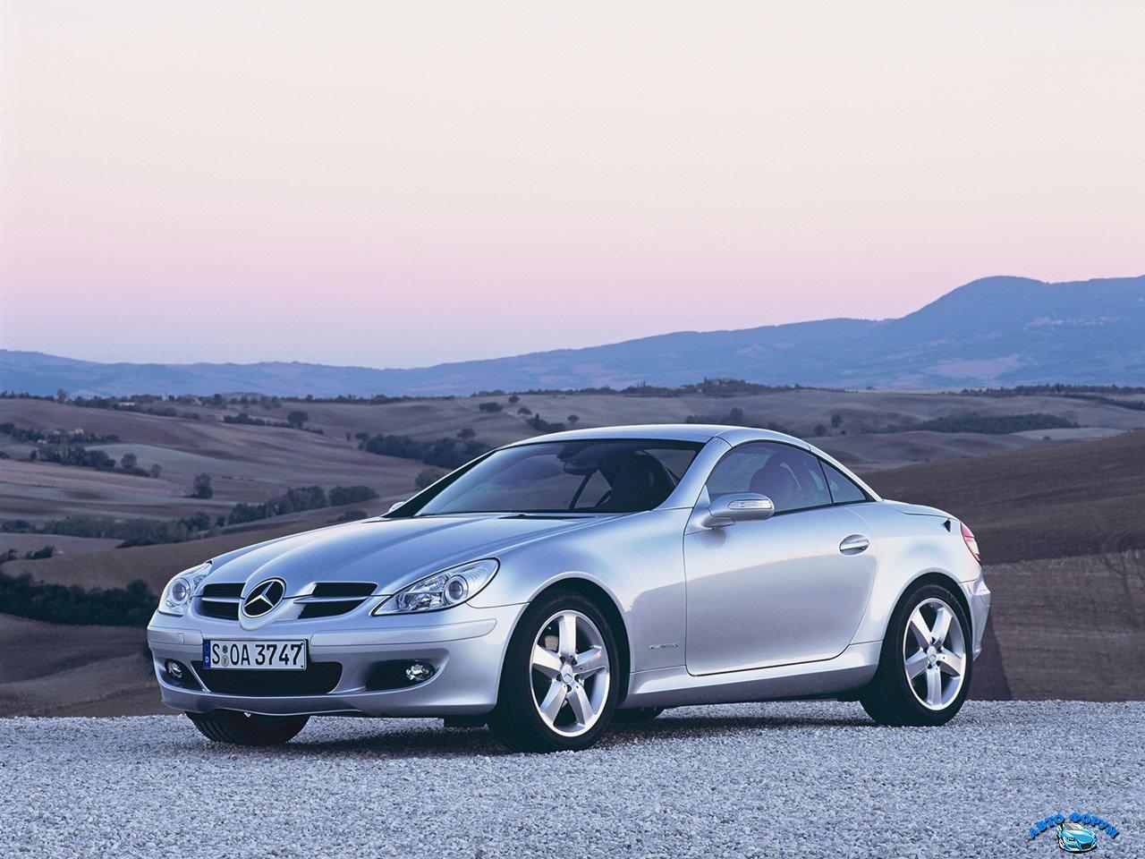 2004-Mercedes-Benz-SLK-fa-1280x960.jpg