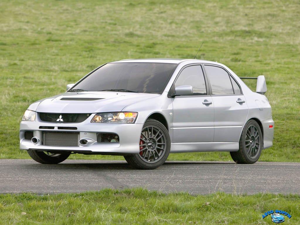 2006_Mitsubishi_LancerEvolutionIX1.jpg