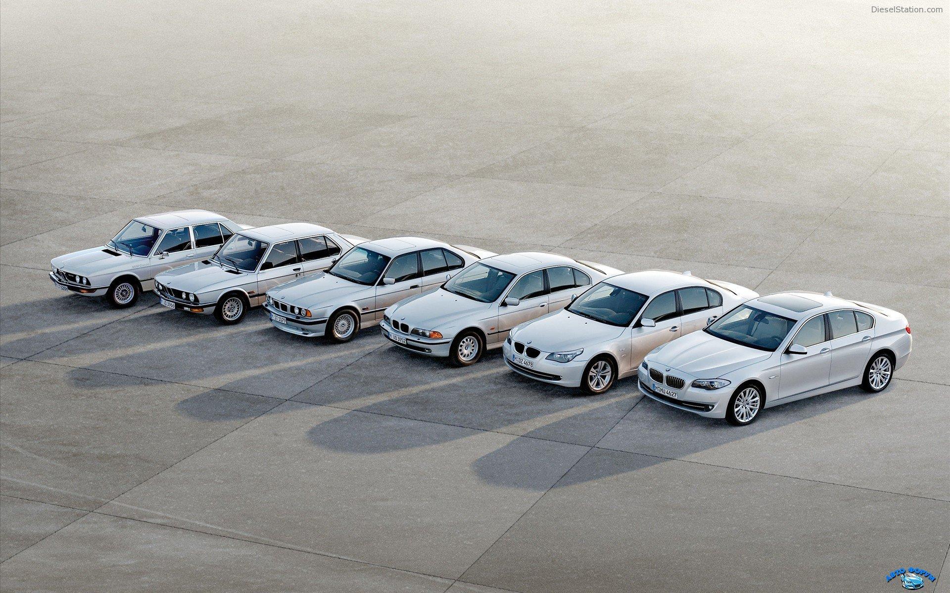 2011-BMW-5-Series-widescreen-06.jpg