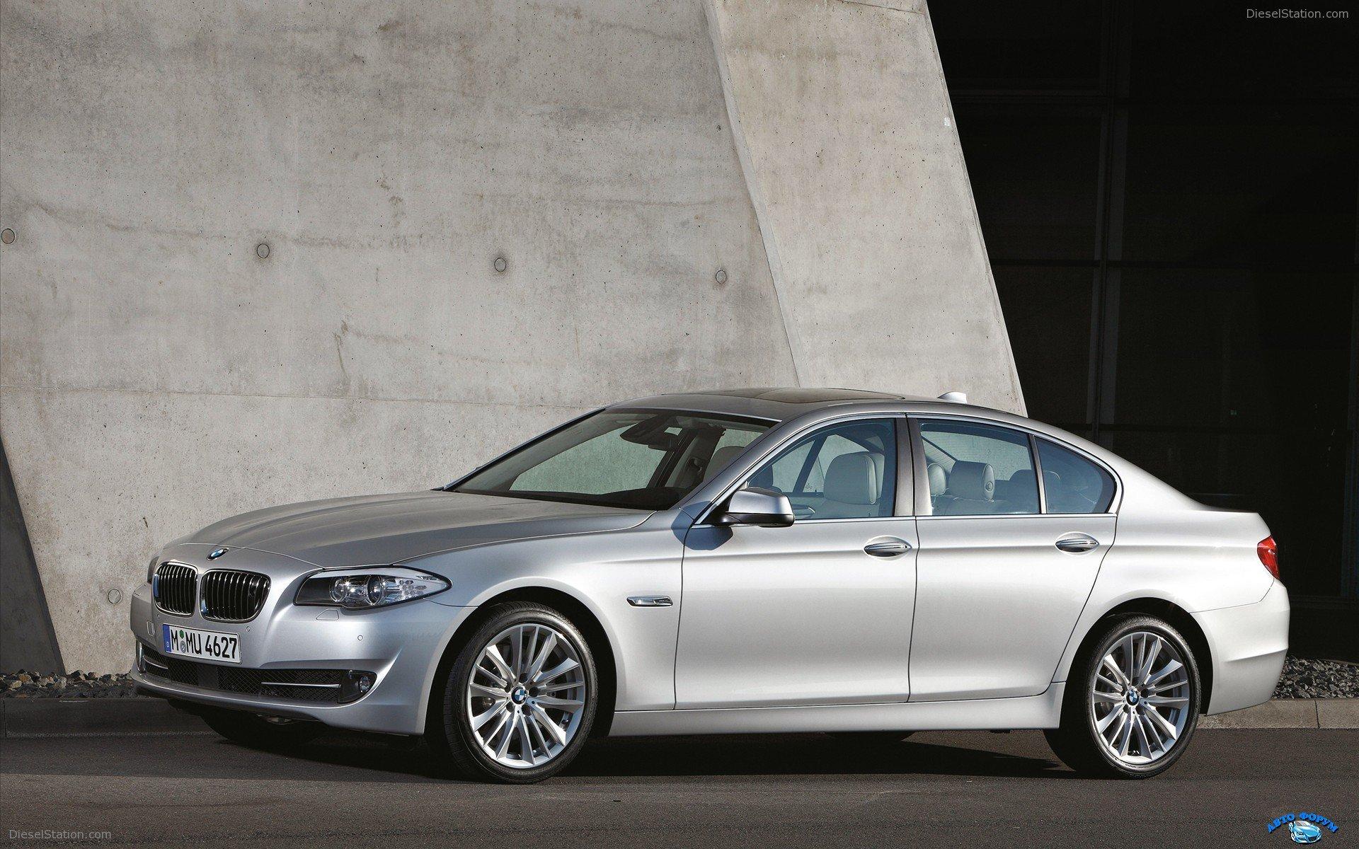 2011-BMW-5-Series-widescreen-08.jpg