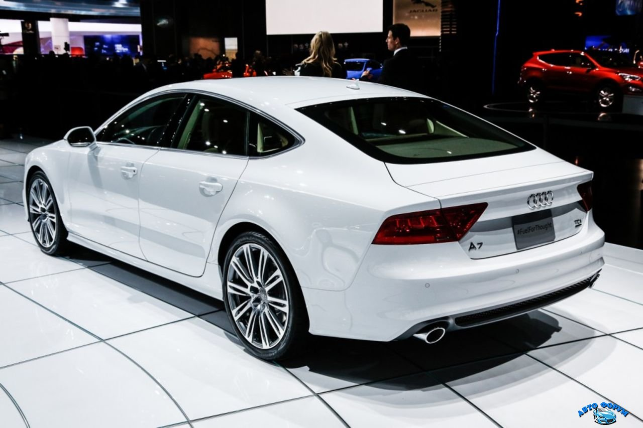 2013-Audi-A7-3.jpg