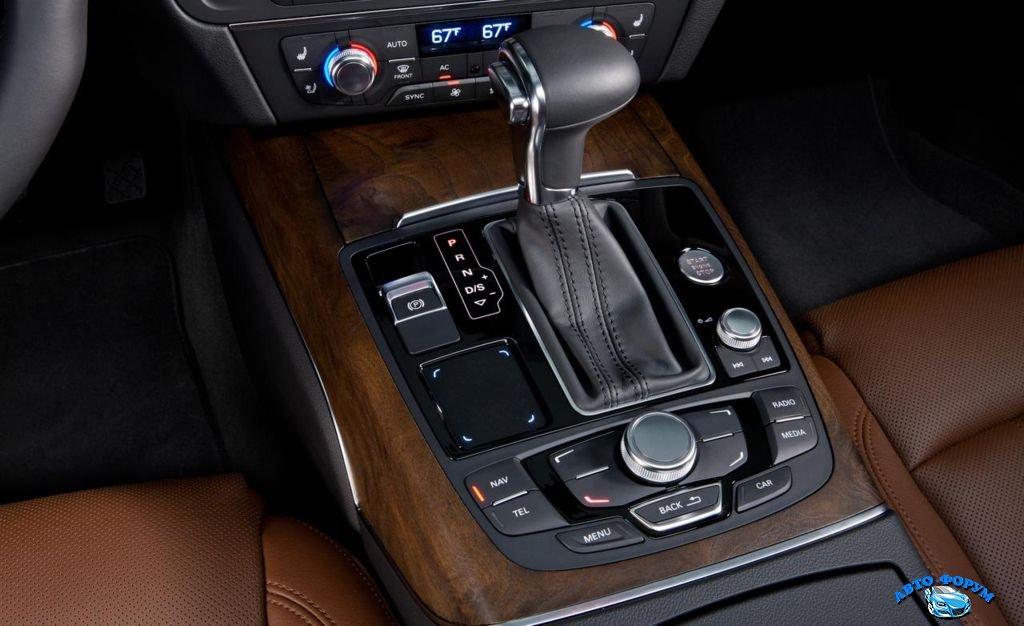 2013-Audi-A7-7.jpg