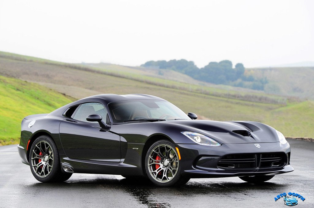 2013-Dodge-Viper-Black-Front-Angel-View-1024x680.jpeg