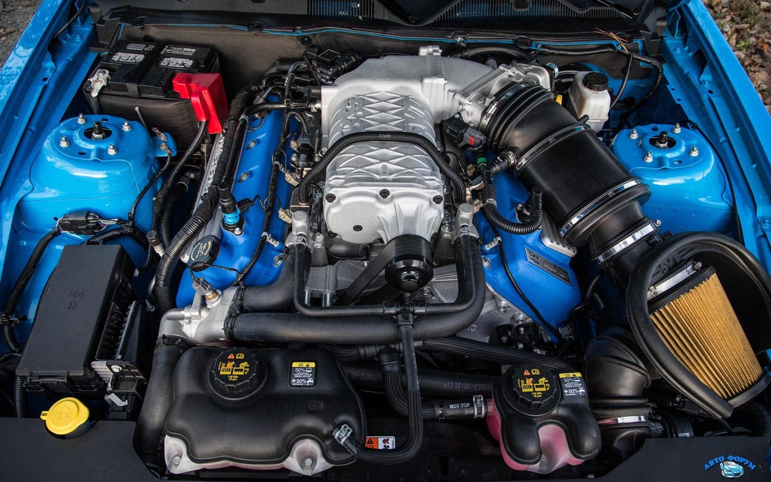 2013-ford-shelby-gt500-engine.jpg