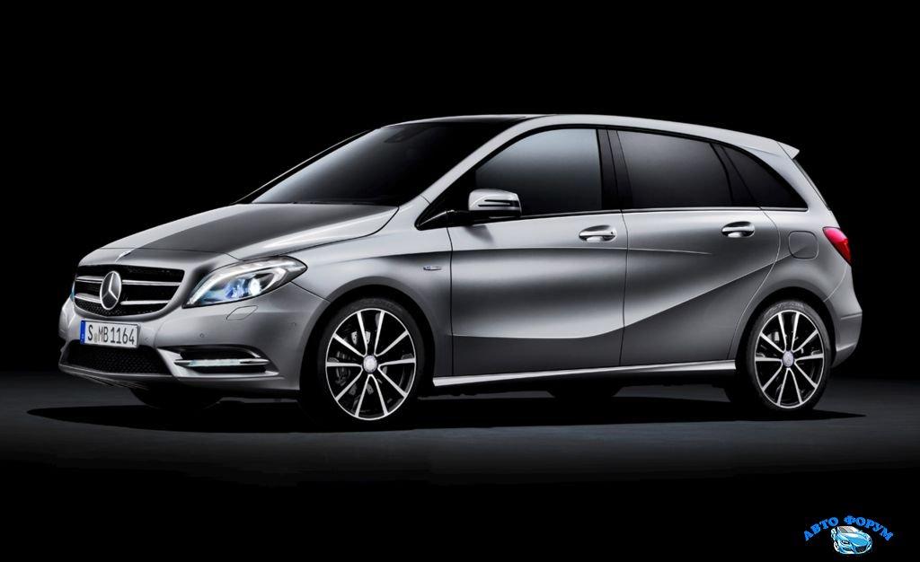 2013-Mercedes-Benz-1.jpg