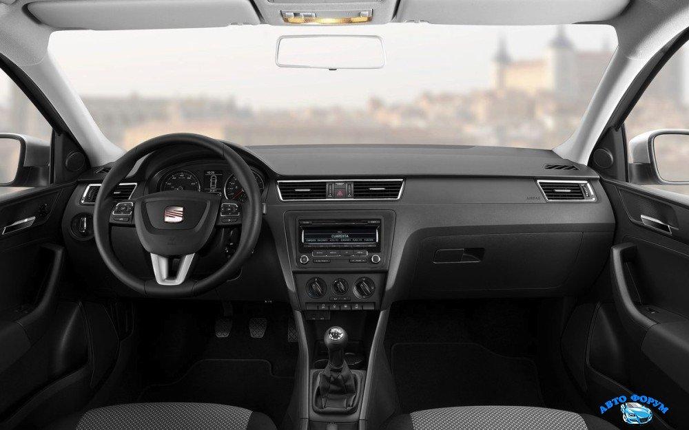 2013-Seat-Toledo-Front-Interior-1000x625.jpg