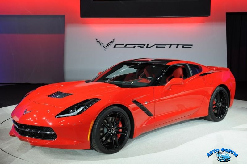 2014-chevrolet-corvette-stingray.jpg