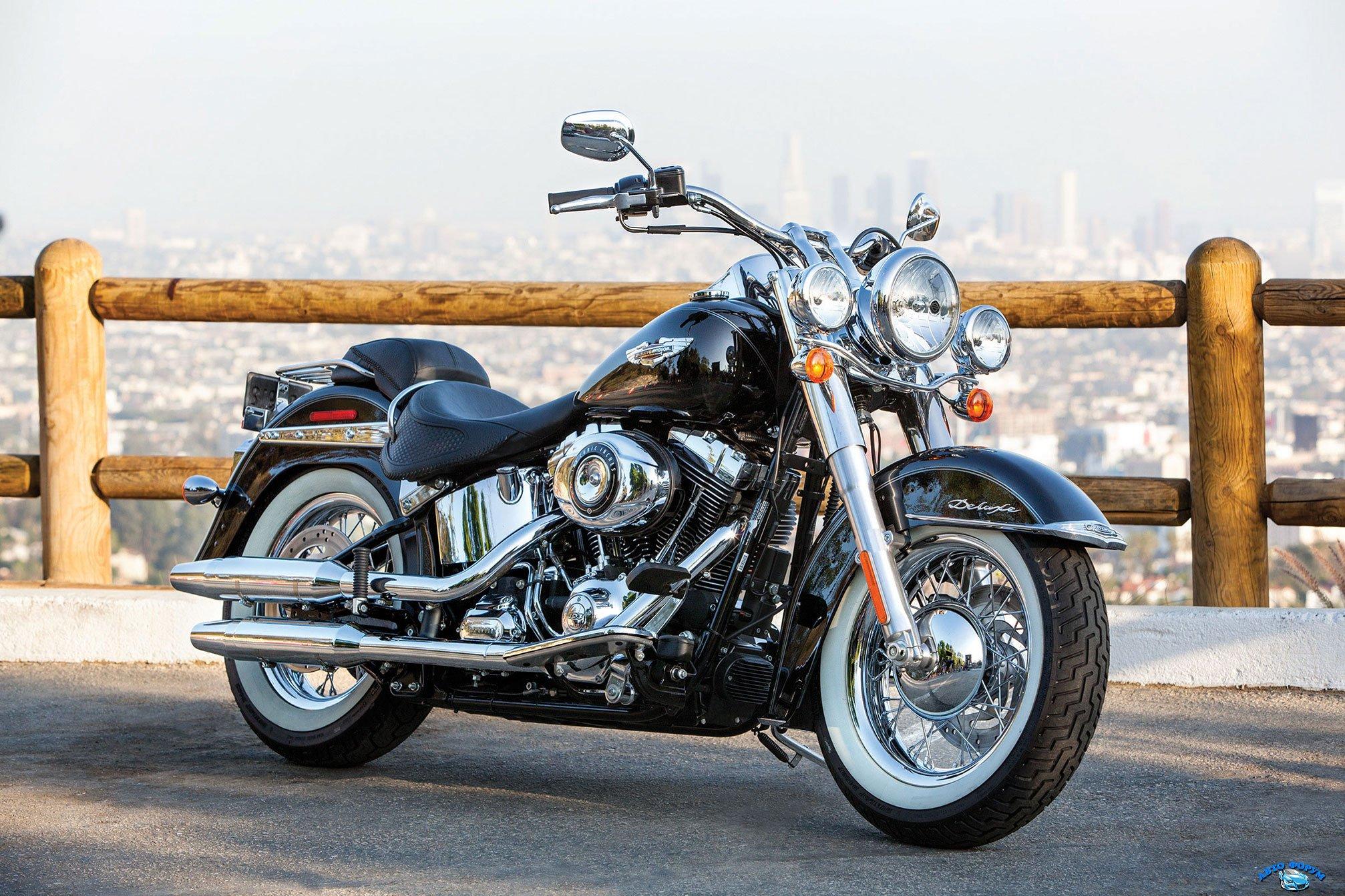 2014-Harley-Davidson-FLSTN-SoftailDeluxe1.jpg