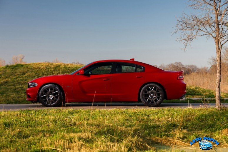 2015-dodge-charger-11jpg_small.jpg