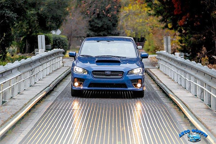 2015_Subaru_WRXSTI_024.jpg
