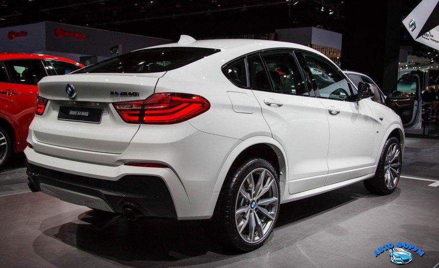 2016-BMW-X4-M40i-show-floor-105-876x535.jpg