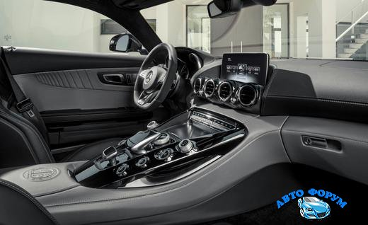 2016-mercedes-amg-gt-interior-photo-631160-s-520x318.jpg