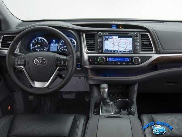 2016-Toyota-Hilux-Interior.jpg