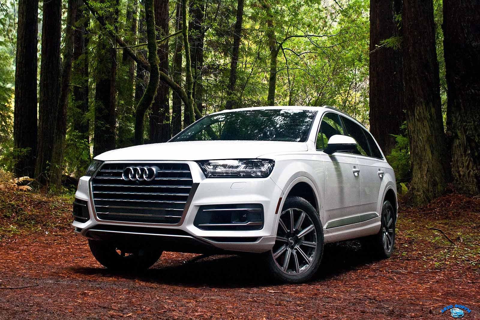 2017-Audi-Q7-27.jpg