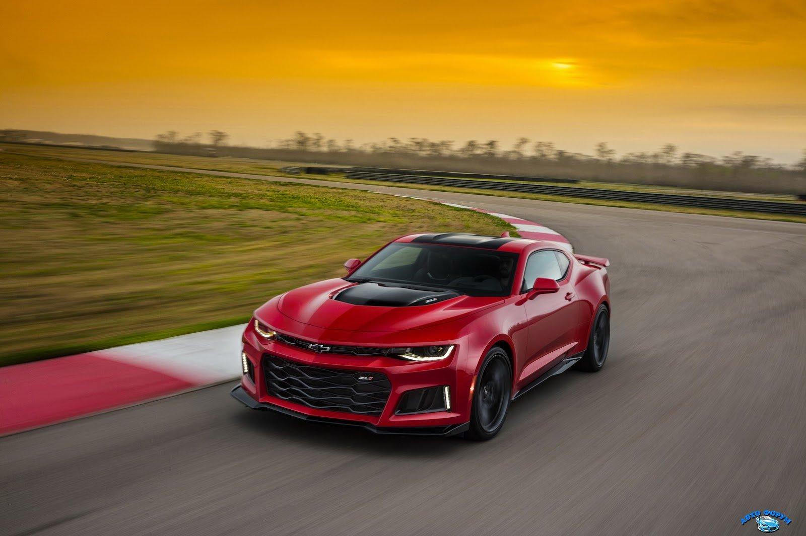 2017-Chevrolet-Camaro-ZL1-1.jpg
