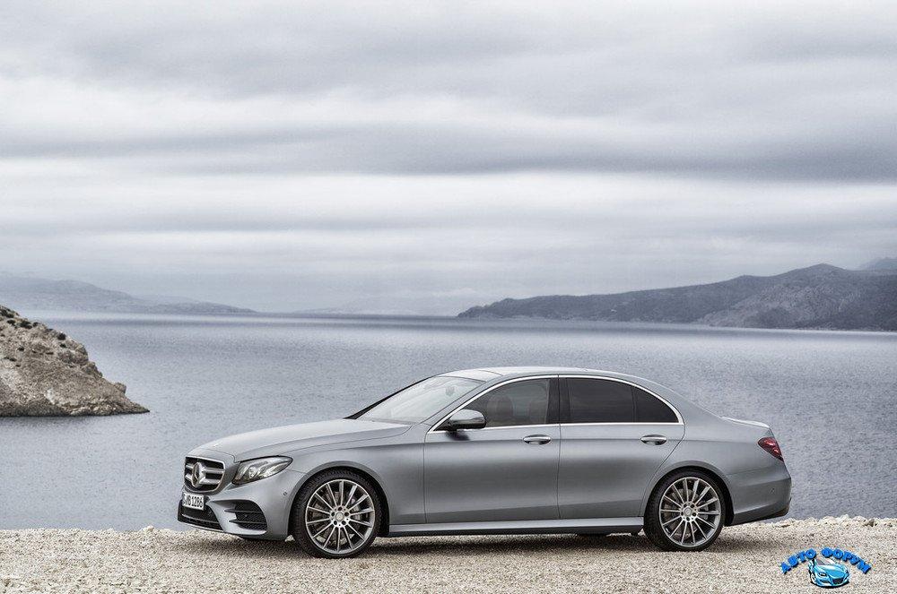 2017-Mercedes-E-Class-23.jpg
