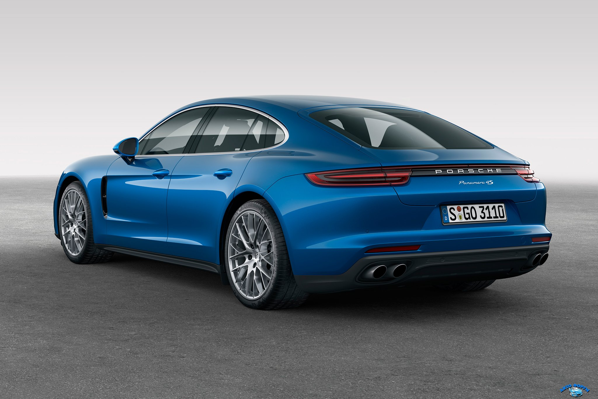 2017-Porsche-Panamera-4S-rear-three-quarter.jpg