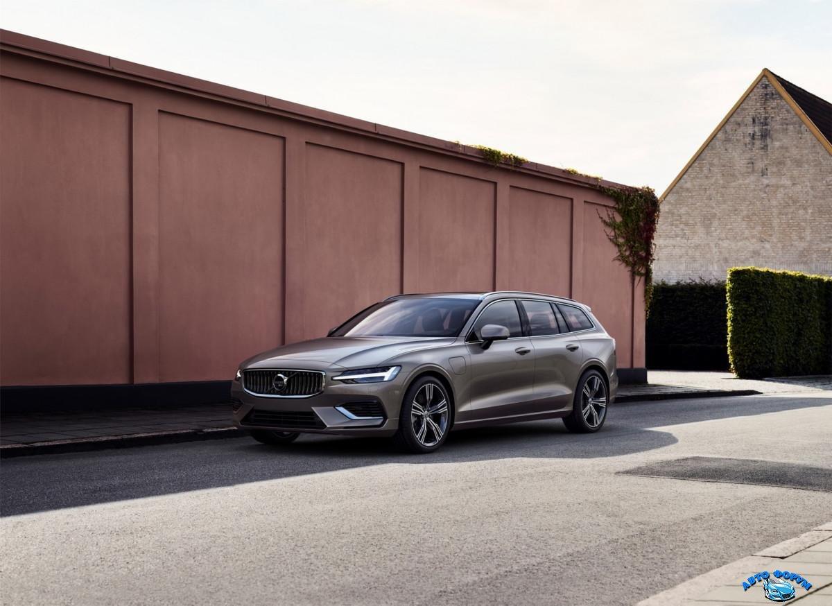 2018-VolvoV60-36.jpg