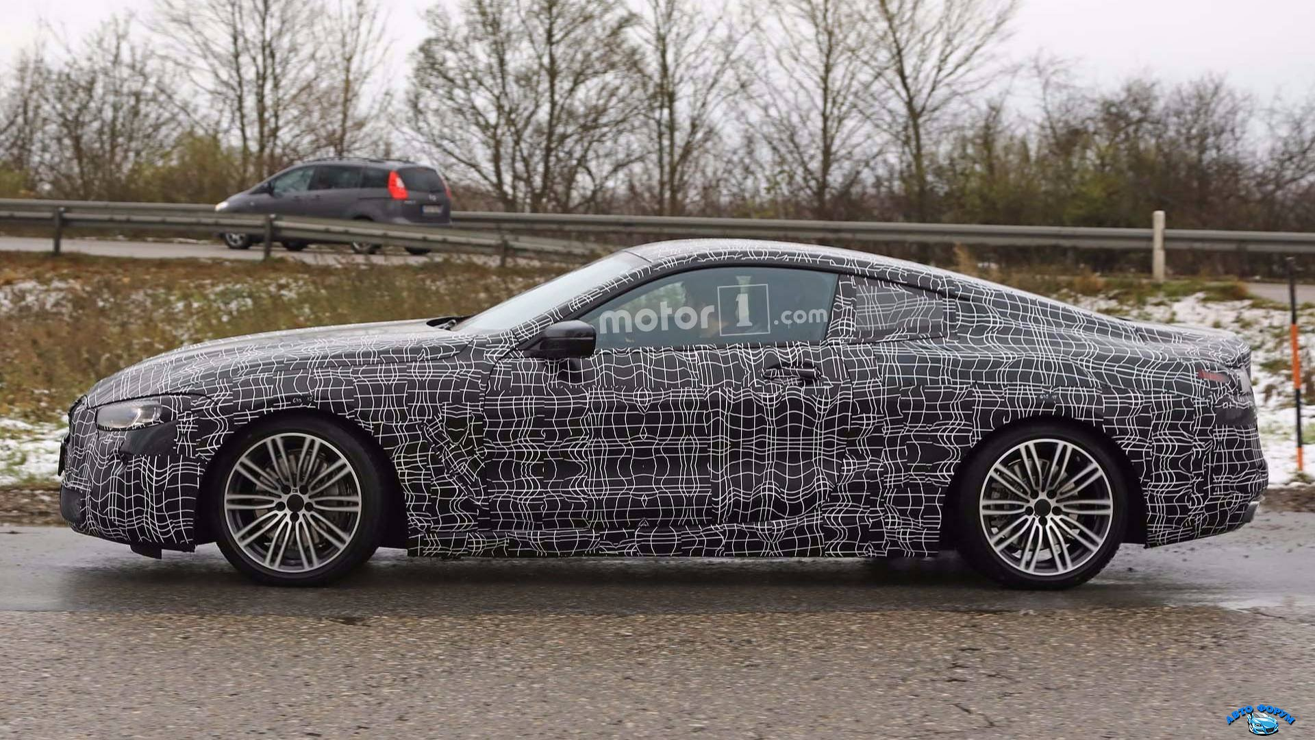 2019-bmw-8-series-spy-photo.jpg