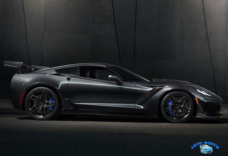 2019-chevrolet-corvette-zr1-.jpg