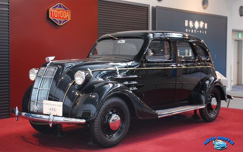 800px-1936_Toyoda_Model_AA_03.jpg