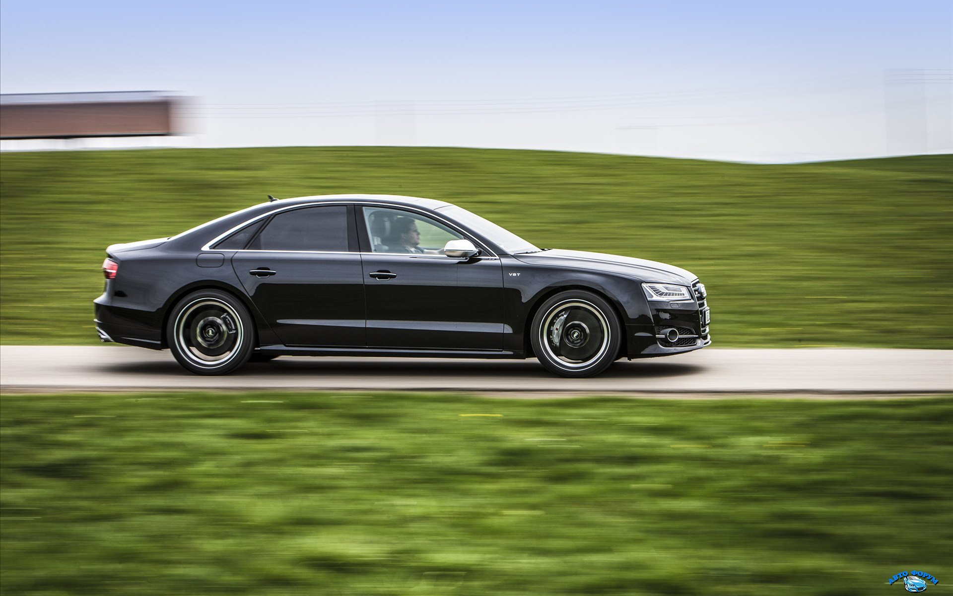 ABT-Sportsline-Audi-S8-2014-widescreen-03.jpg