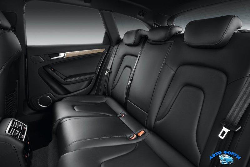 Audi-A4-allroad-quattro-2013-salon-2.jpg