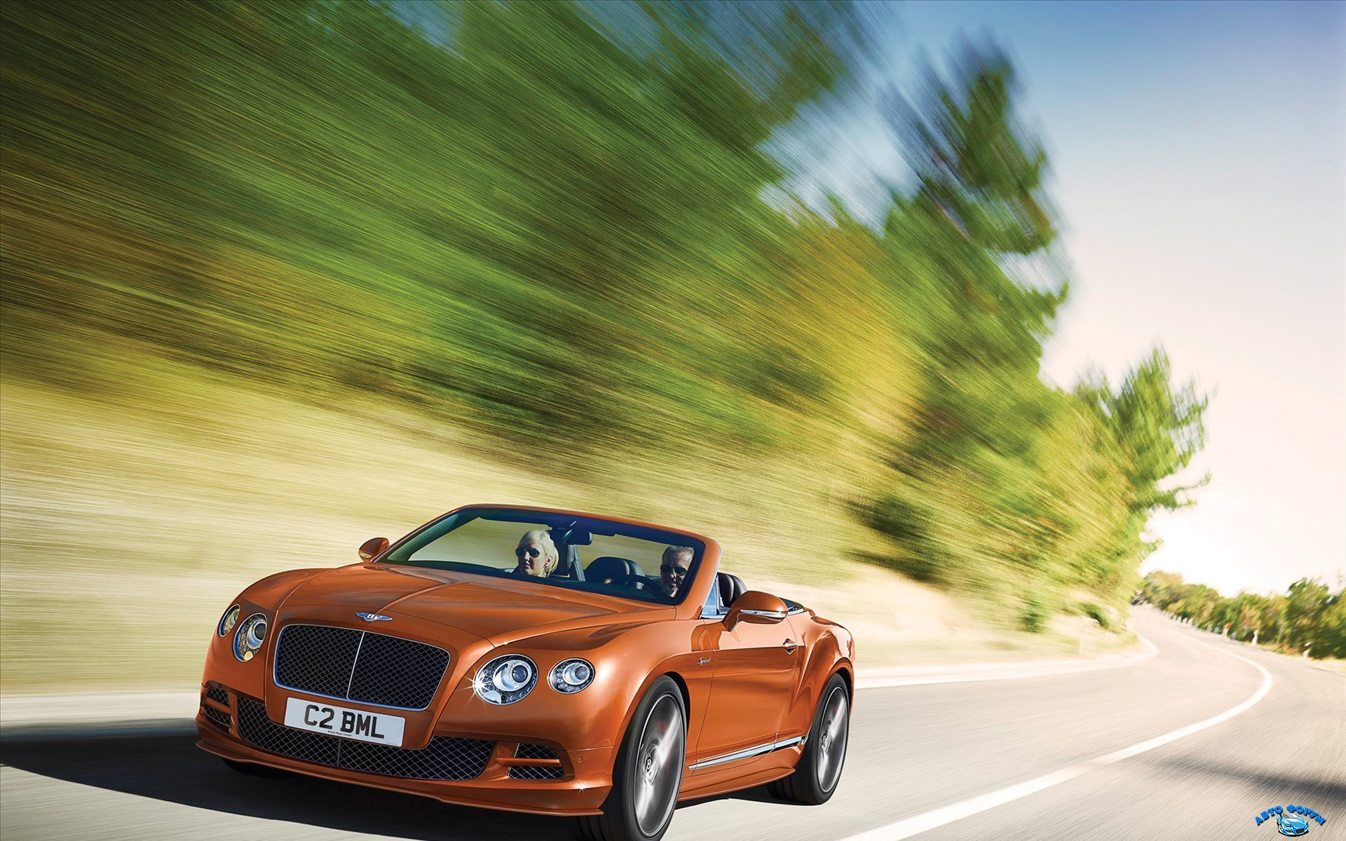Bentley-Continental-GT-Speed-Convertible-2015-widescreen-01.jpg