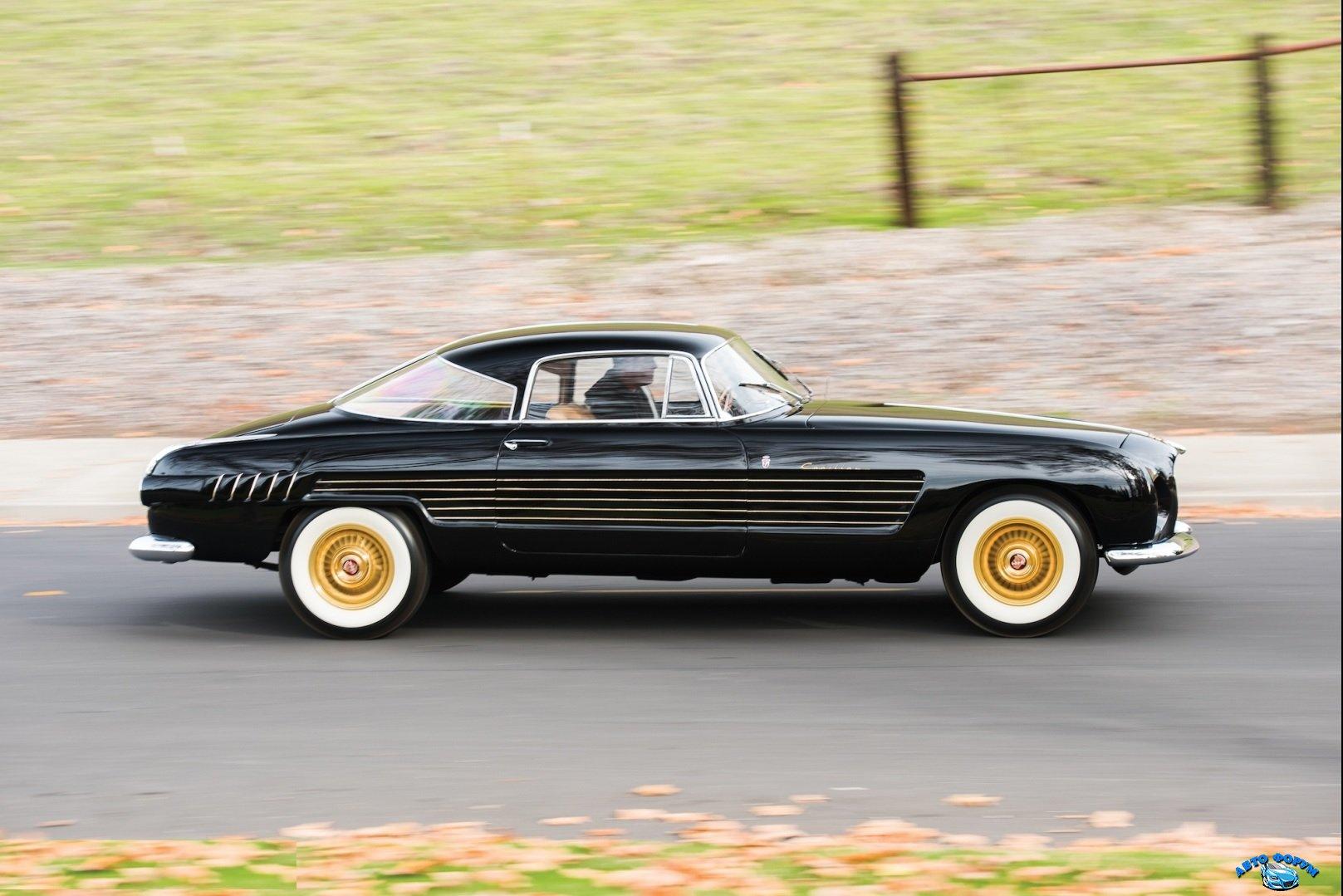 Безымянный американский автомобиль.jpg