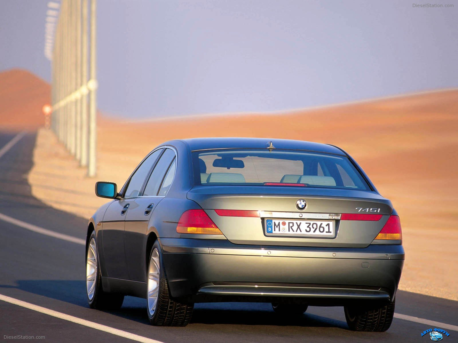 BMW-7Series-031.jpg