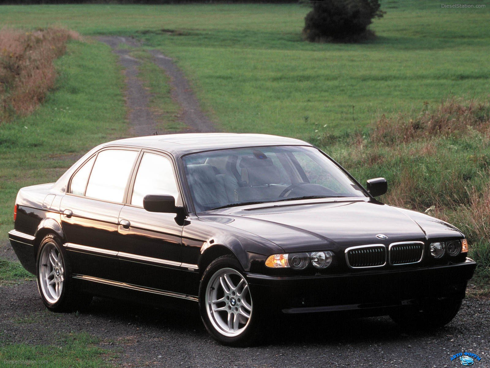 BMW-7Series-1994-018.jpg