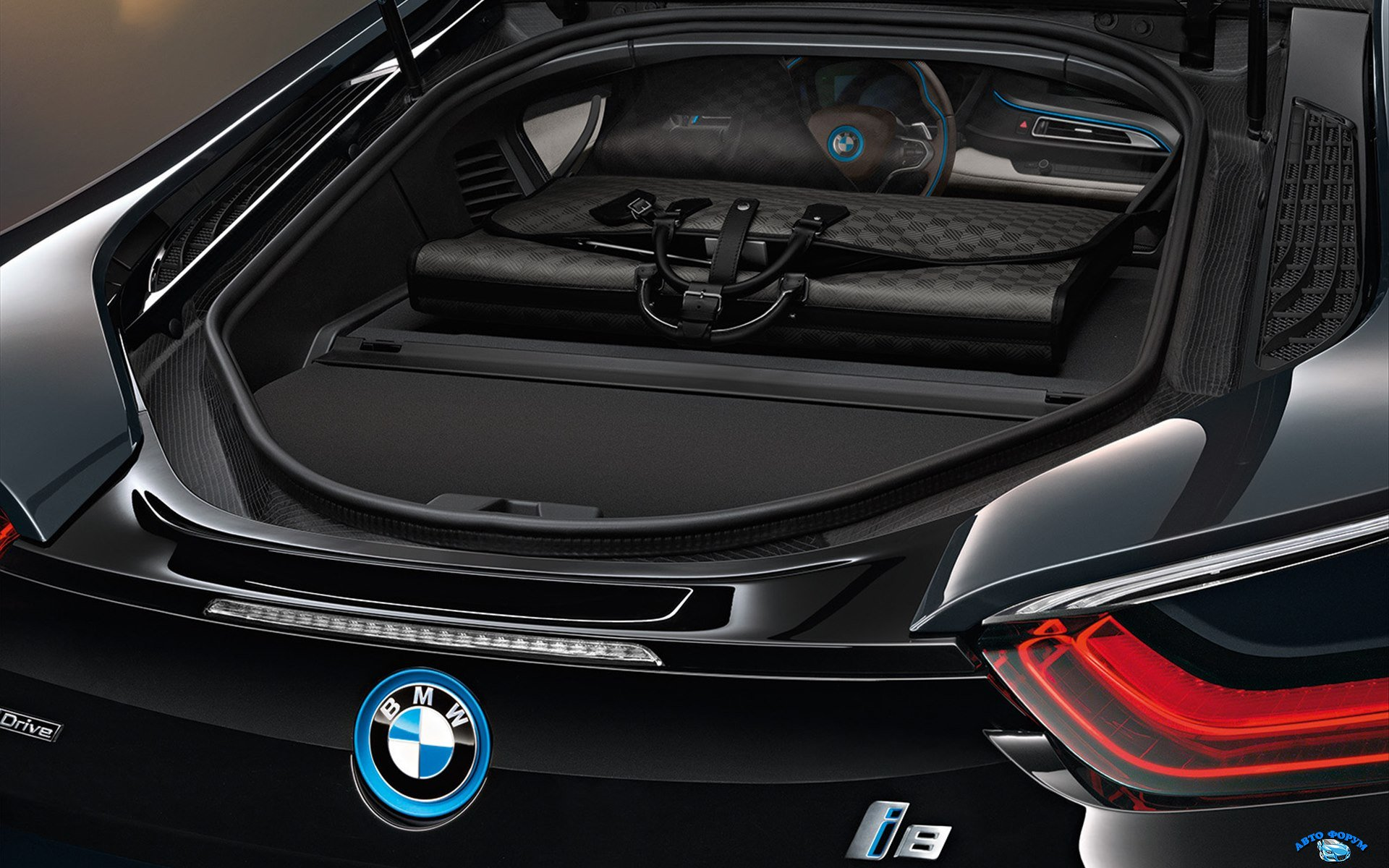BMW-i8-2015-widescreen-04.jpg