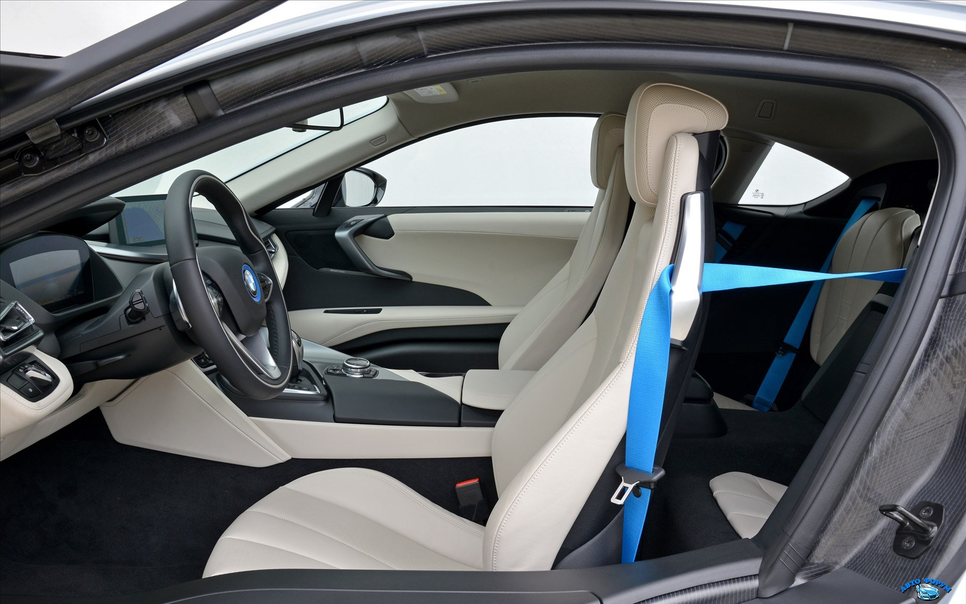 BMW-i8-2015-widescreen-58.jpg