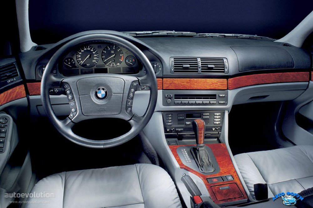 BMW5Series-1125_1.jpg