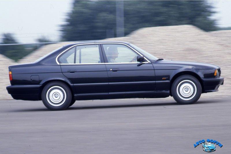 BMW5Series-E34-Sedan-775_7.jpg