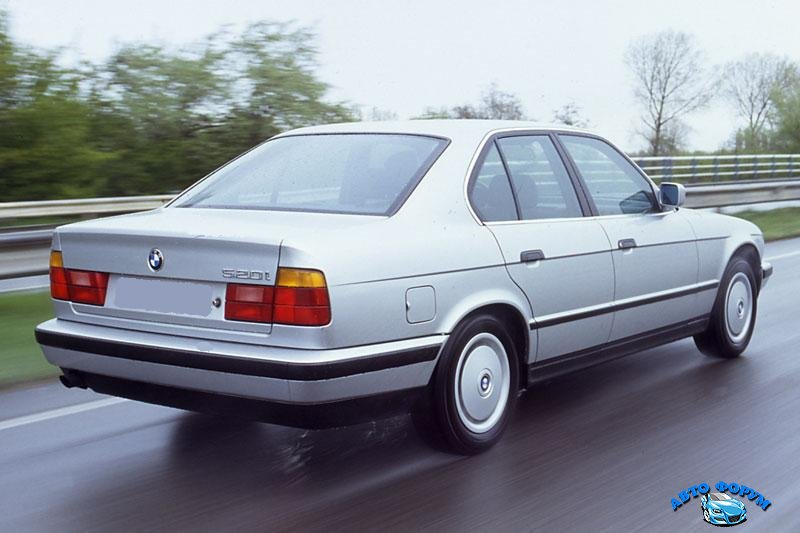BMW5Series-E34-Sedan-775_9.jpg