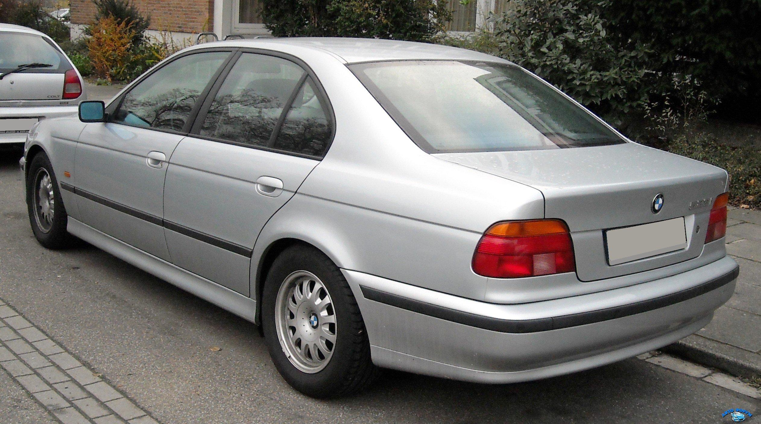 BMW_E39_rear_20081125.jpg