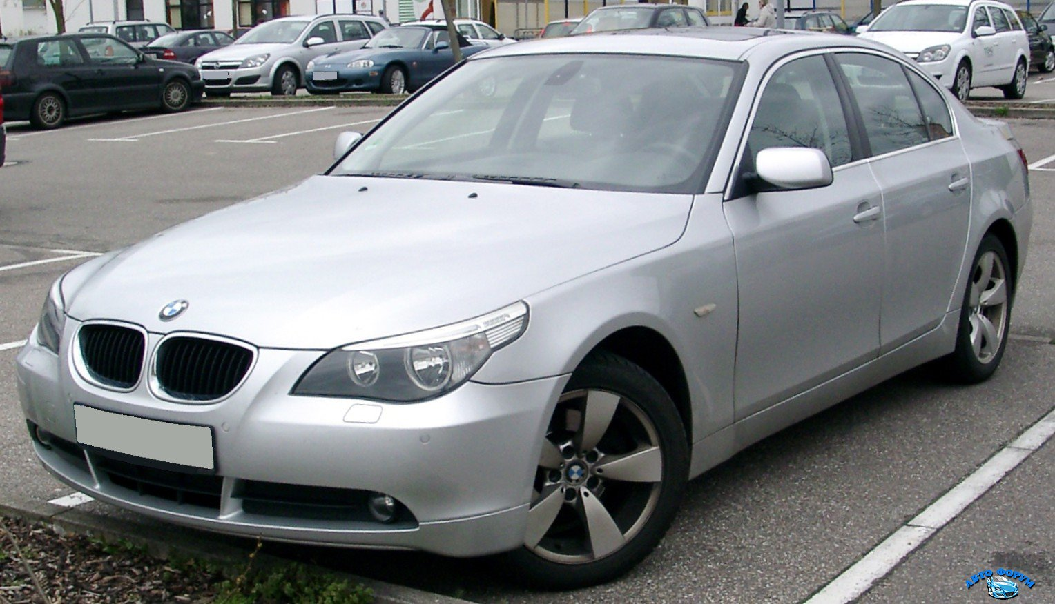 BMW_E60_front_20080417.jpg
