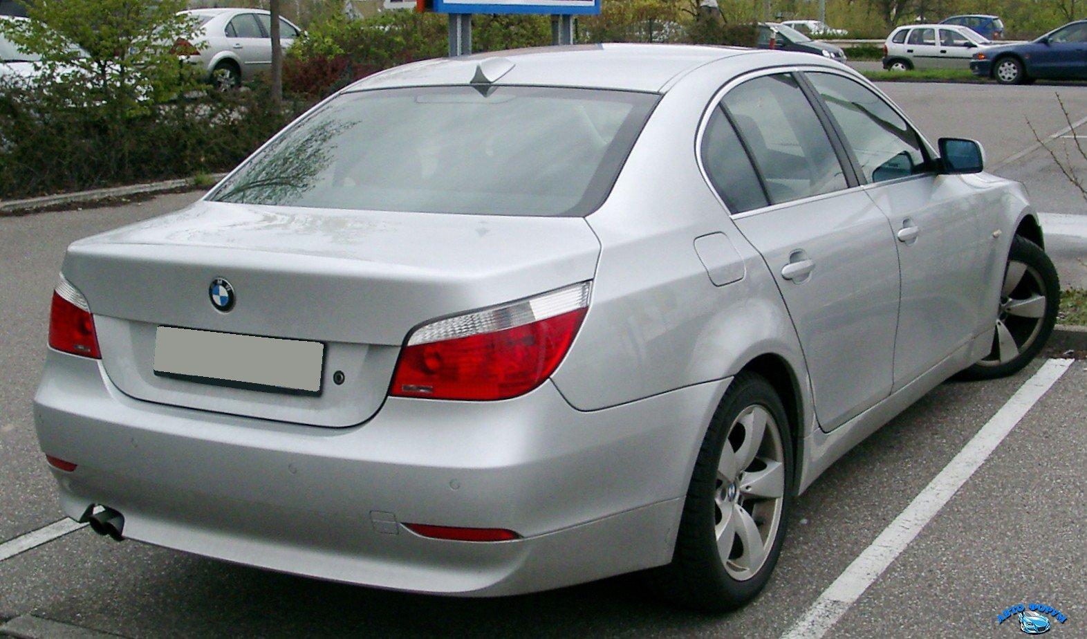 BMW_E60_rear_20080417.jpg
