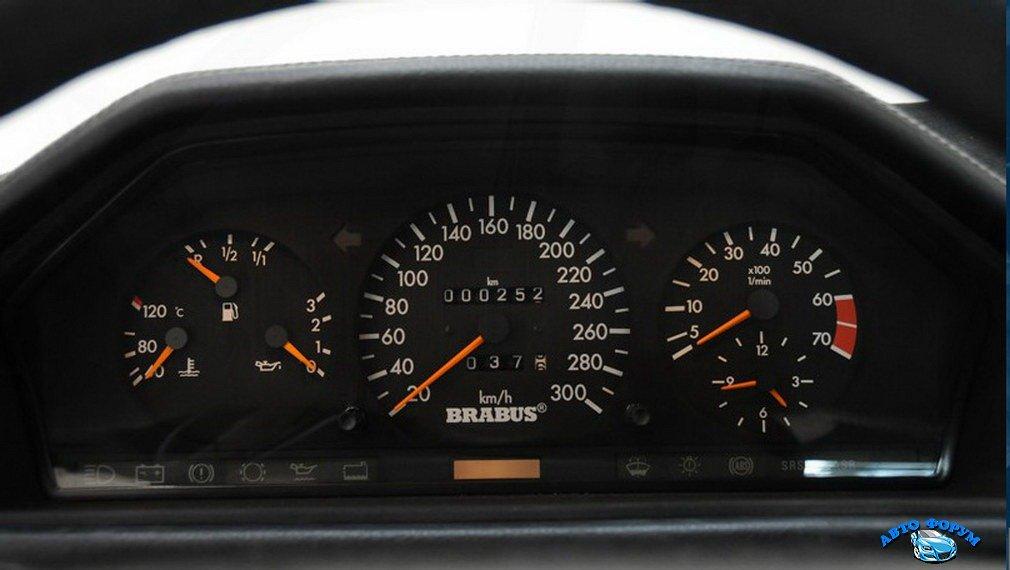 Brabus-^5-W124-Mercedes-500E-8[2].jpg